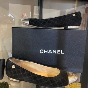 Chanel black quilted suede & gold flats 8
